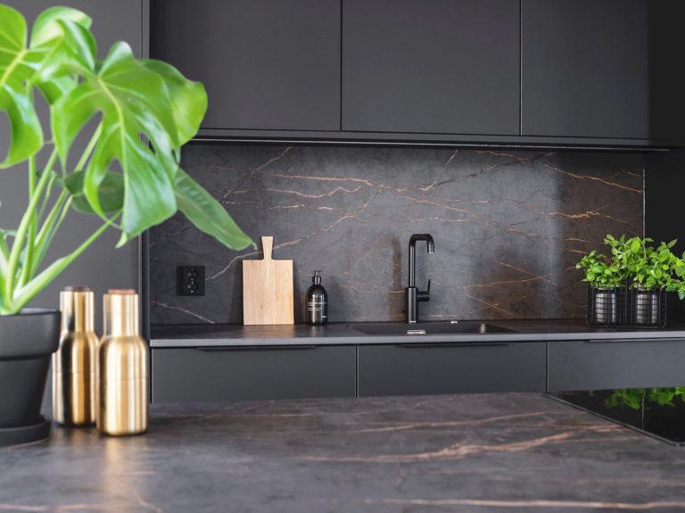 Keittiön sisustussuunnittelu Heli Virtanen Iloa360, asuntomessukohde Finnlog Hetena Tuusulan Asuntomessut